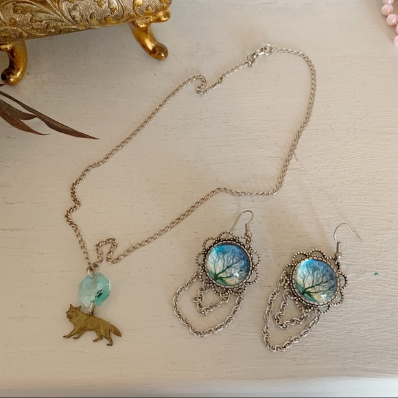 Artisan Wolf Necklace And Earrings Bundle